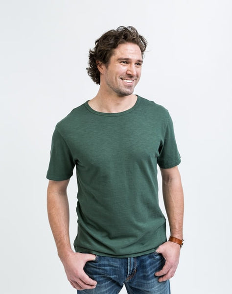 Joe Crew Neck in Jungle has a soft texture and a great fit.