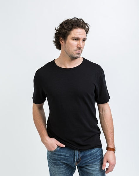 Joe Crew Neck in Black has a soft texture and a great fit.