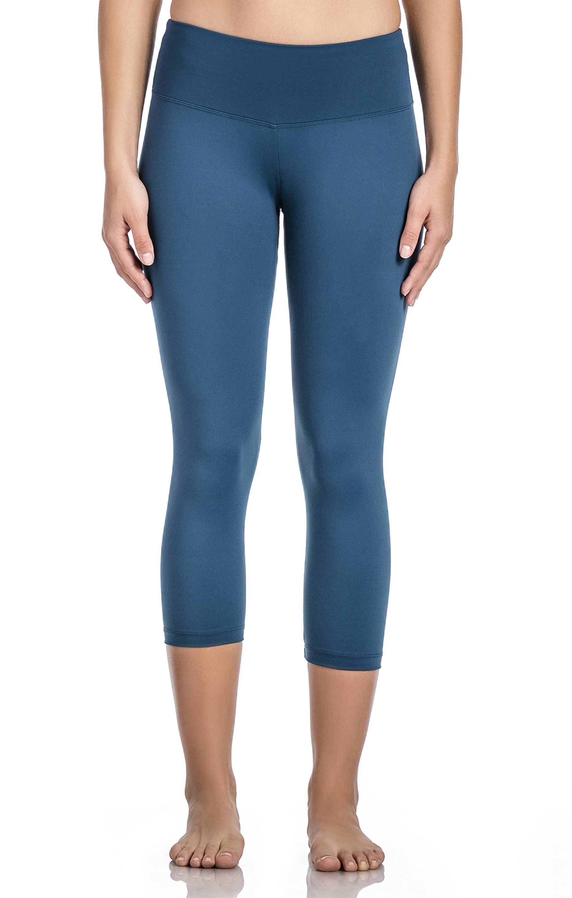 BW Compression Capri - Workout Bottoms