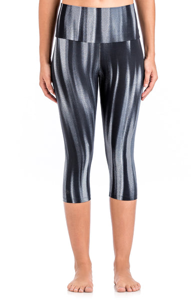 Alto Capris - Workout Bottoms