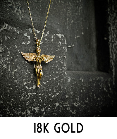 18K Gold Pendant Necklaces