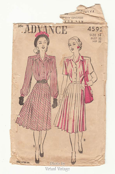 Advance 4592, 1940s Pleated Dress Pattern