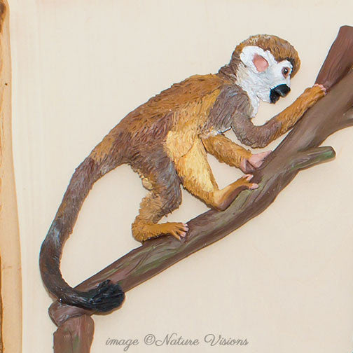 Common Squirrel Monkey sculpture