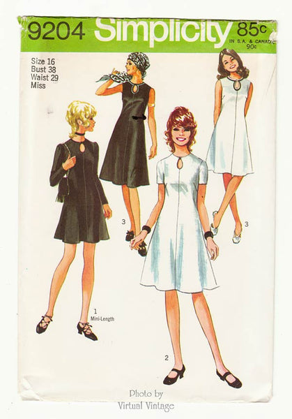 1970s Keyhole Neck Dress, Simplicity 9204, Bust 38
