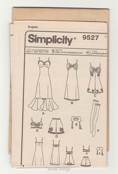 Simplicity 9527, couturier doll clothes