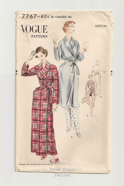 Vogue 7767, Womens Shawl Collar Robe Pattern