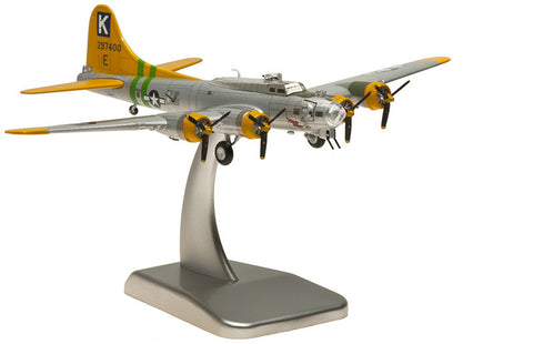 B-17G United States Army Air Corps Fuddy Duddy HG5958