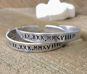 Hand Stamped Trinkets Bracelet Personalized Roman Numeral Bracelet for Couples