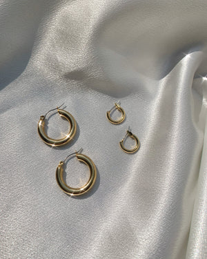 Moonlight gold hoops set