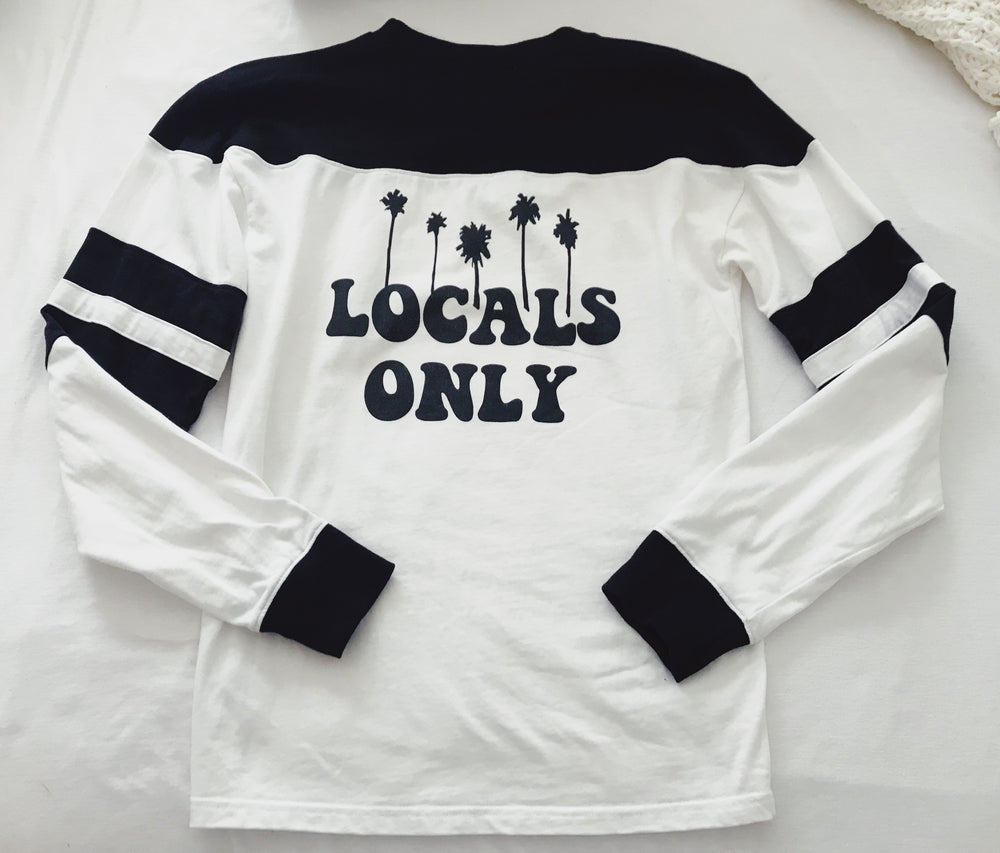 Locals only crewneck - Hippie Kids