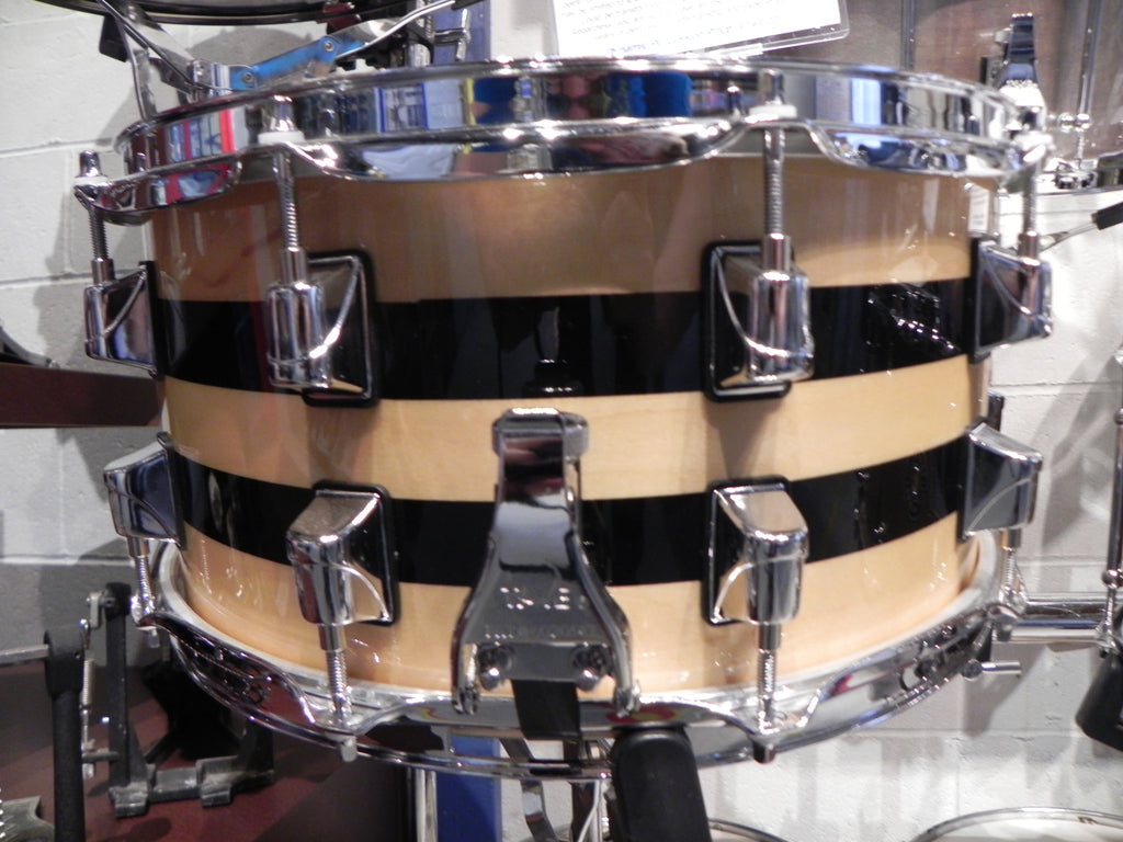Taye Original Maple/Walnut/Maple Hybrid w/Sound Ring Natural Black Stripe