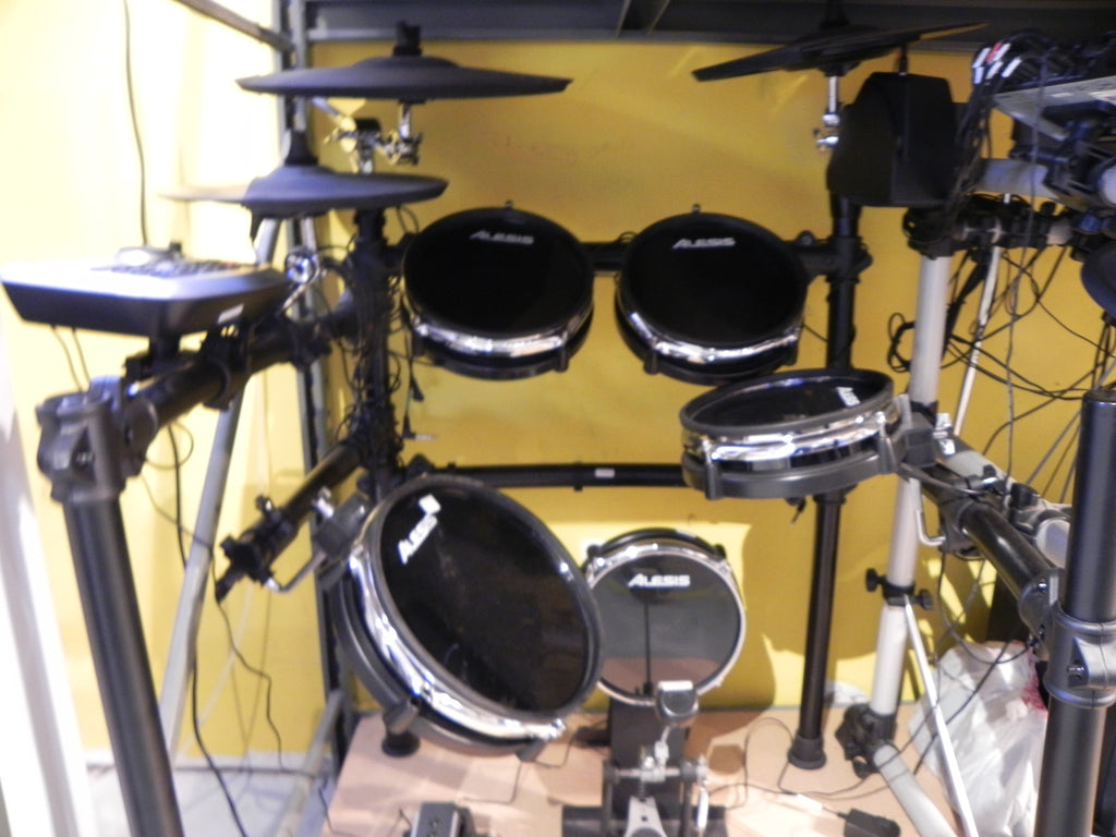 Alesis Electronic Drum Set DM8 Complete