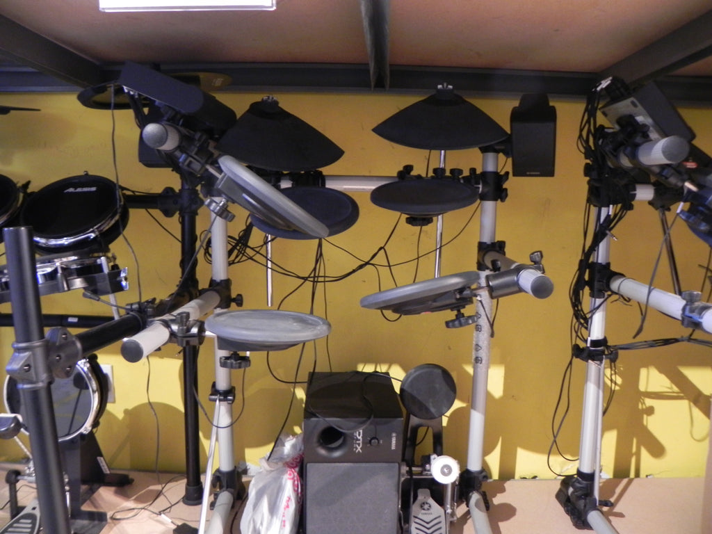 Yamaha DTX500 Electronic Drumset Complete