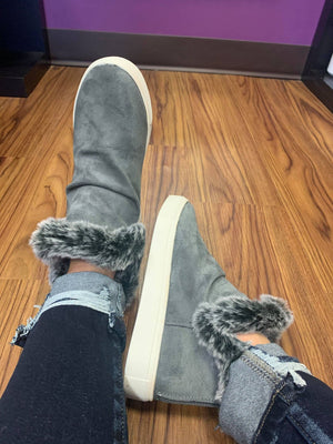 Very G Plush Boots