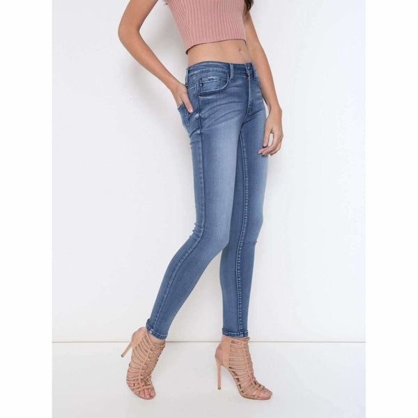 Kan Can Light Wash Super Skinny Jean