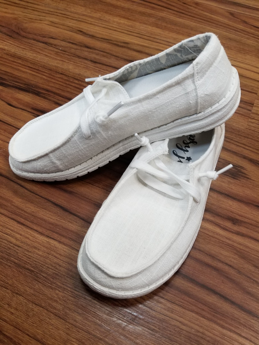 Very G Holly Sneaker - White