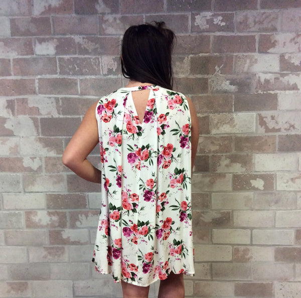 Floral Print Sleeveless Dress with Criss Cross Neckline