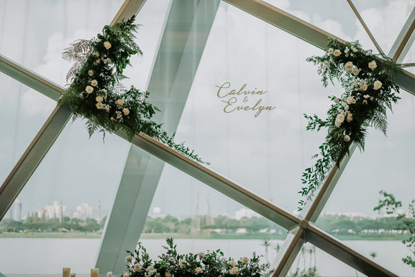 Geometry Meets Romance: Rustic Green-White Wedding Décor @ Gardens By The Bay Singapore