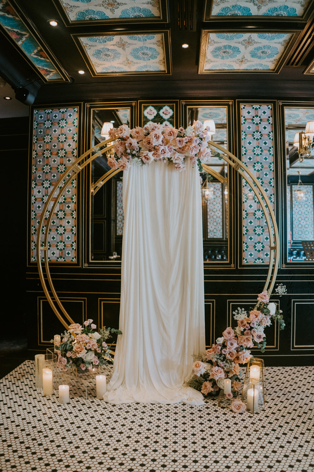 Wedding circle stand in popular gold for wedding proposal rental Singapore at Violet Oon Ion Orchard