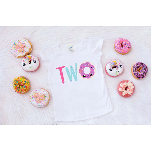 DONUT TWO SPRINKLES
