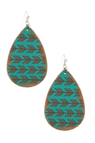 Arrow etched teardrop earring