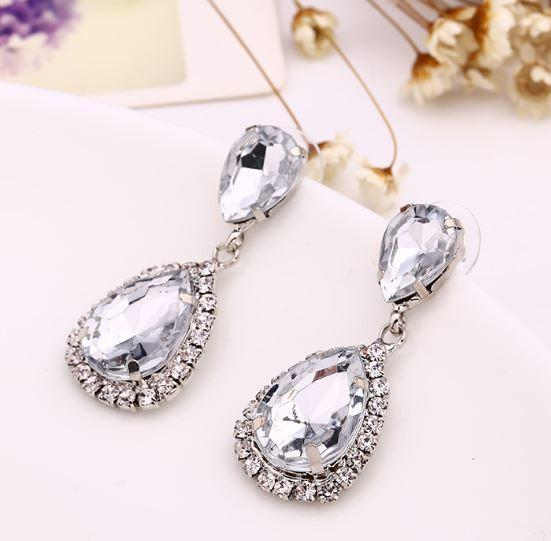 Tanya's Bath and Body Earrings Geo Zhaohao Popular Rhinestone Crystal Drop Earrings