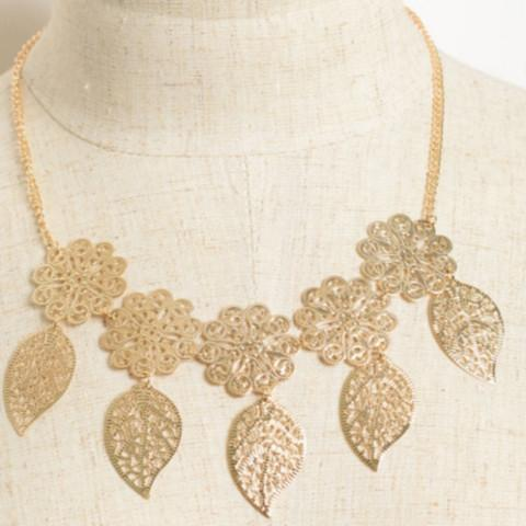 Tanya's Bath and Body Multi Leaf Necklace in Gold or Silver Multi Leaf Necklace in Gold or Silver