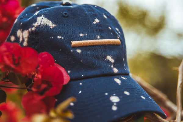 "Expertise ""Acid Wash/Distressed"" Strapback - Navy/Gold"