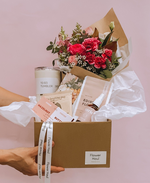 WHOLE LATTE LOVE GIFT BOX