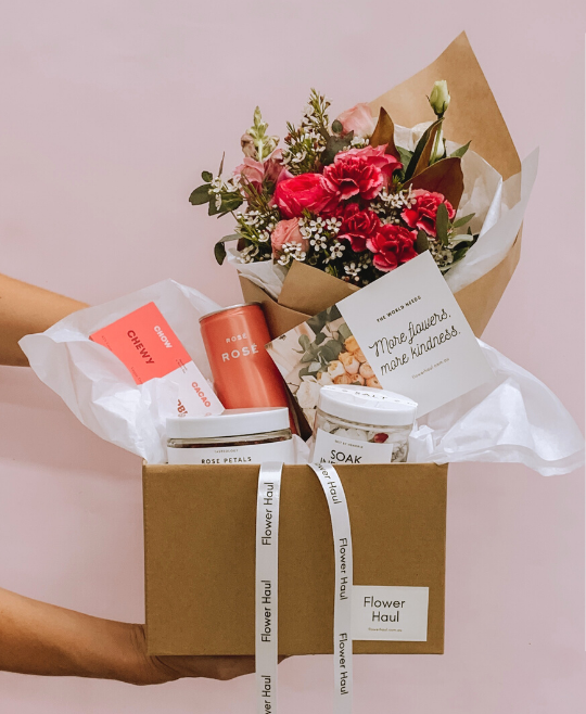 ROSÉ ALL DAY GIFT BOX!