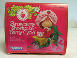 085 Kenner 1982 Strawberry Shortcake Berry Cycle - Colleen's Attic - 5