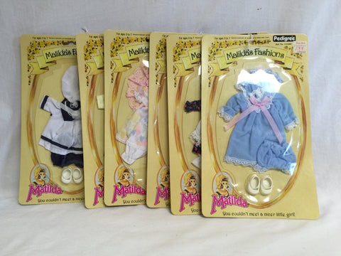 641 Pedigree Matilda Fashions LOT OF 6  NRFSC - Colleen's Attic - 1