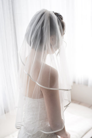 CACIA -  two tier mid length veil with silk trim
