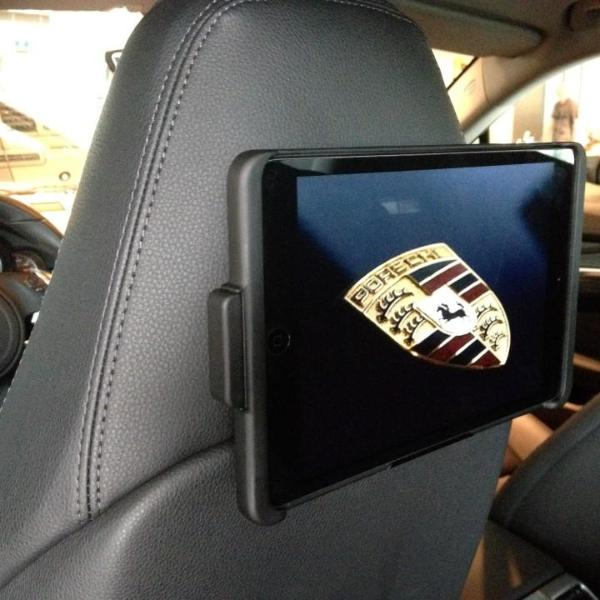 Luxurious iPad/Tablet Integration for Porsche Panamera Bucket Seat