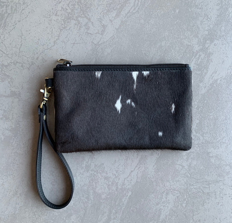 TORONTO COWHIDE CLUTCH - BLACK LEATHER