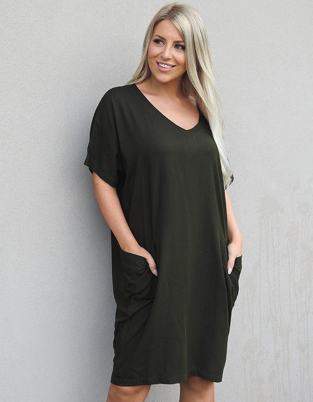 POCKET DRESS - KHAKI