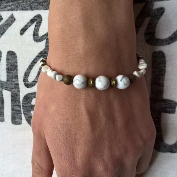 Howlite bracelet woman, Natural stone stretch beaded bracelet for women | Healing stone Handmade Jewelry by AnuanA Craft