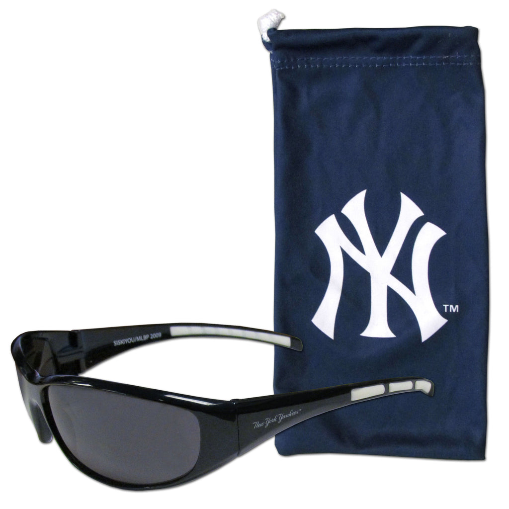 New York Yankees Sunglass and Bag Set