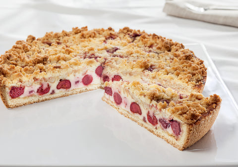 Cherry cake with butter crumbles (230)
