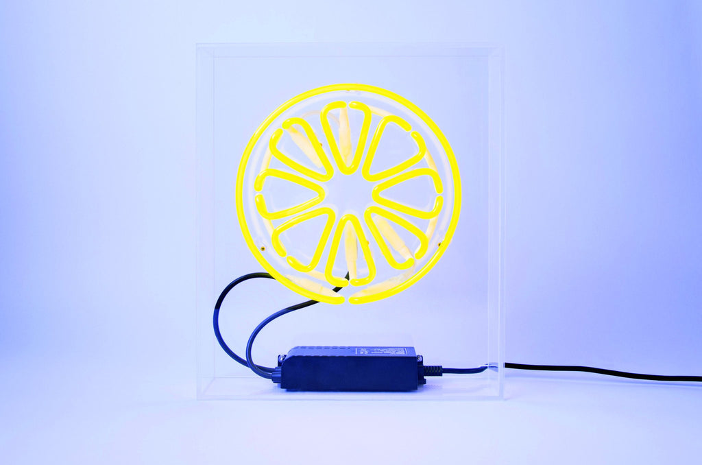 "Neon sign ""Lemon"" (front)"