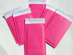 "Exclusive Hot Pink Kraft 4"" x 8"" Poly Bubble Mailers, #000 Colored Padded Self Adhesive Envelopes - Wrappingmeup"