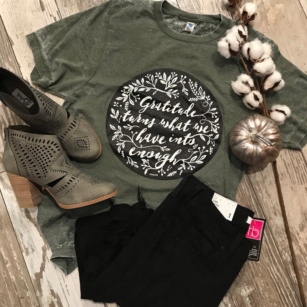 Gratitude Graphic T-shirt