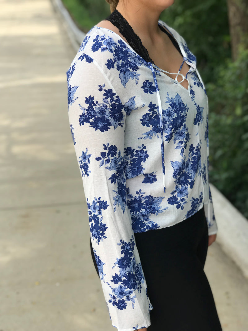 Regina Blue Flower Top