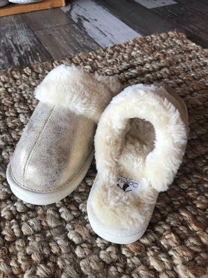 Snooze Faux Fur Slippers