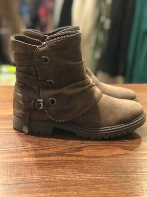 Bruiser Buckle Booties