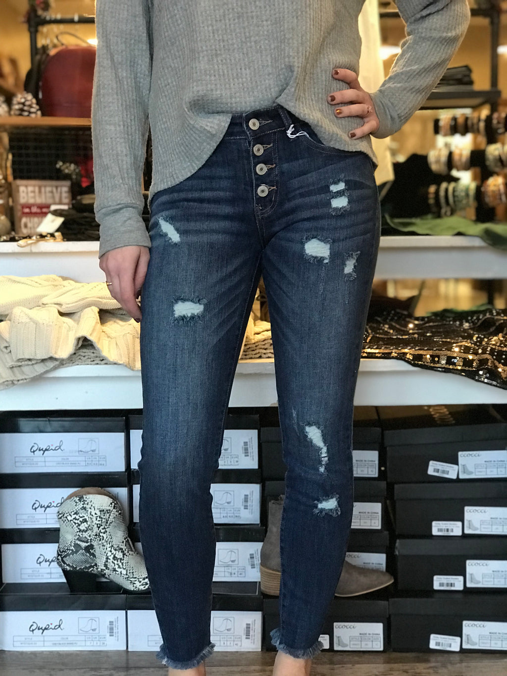Gemma Exposed Button Ankle Skinny Jeans