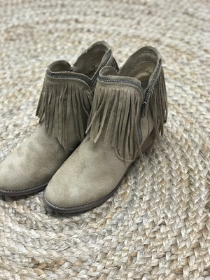 Wendy Fringe Booties