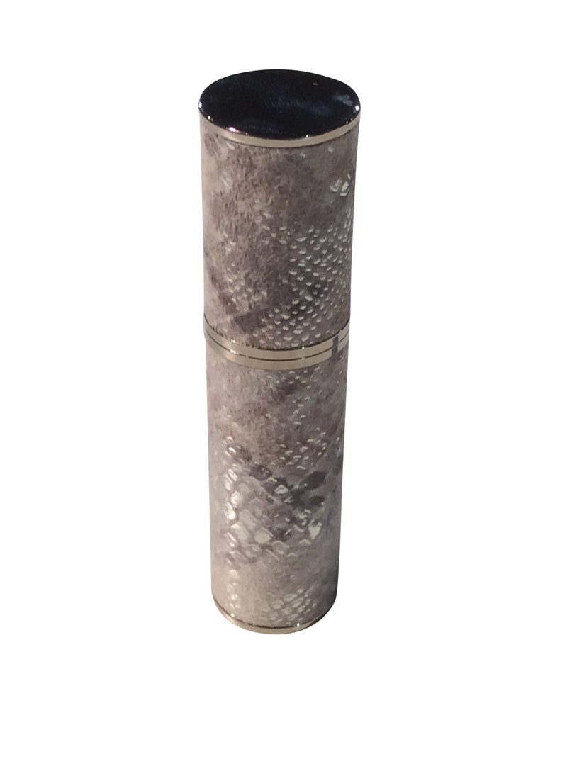 LEATHER PURSE ATOMIZER: GREY LAME WITH DIFFERENT SHADES