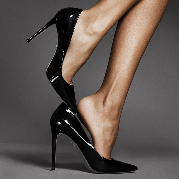 Tamara Mellon Rebel Pump