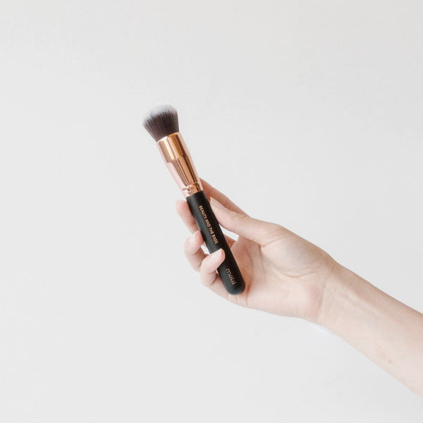 Beauty And The Base Foundation Brush - Vegan Concept